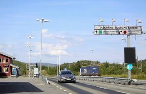 Ingen synlig norsk polis vid gränsövergången mellan Sverige och Norge i Storlien. Men gränsen patrulleras, säger norsk polis till Adresseavisa.