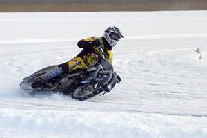 Isracing på fjolårets Brunnsjödag. I år blir det isracing igen och mycket annat.