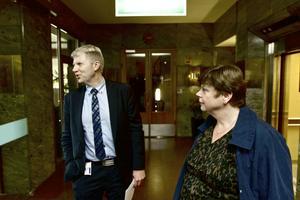 Niclas Lamberg HR-chef för ABB Ludvika och Annette Blidberg, arbetsmiljösamordnare på division Power Products.