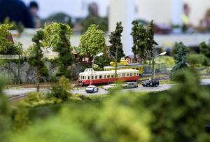 Bygga modelljärnväg är roligt, men svårare i verkligheten än ett hobbyprojekt. På bilden moduljärnväg på Tekniska museet i Stockholm.