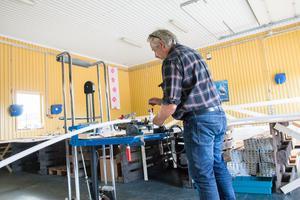 Stefan Lundholm har tagit fram en ny typ av svets för att underlätta för de anställda.