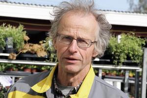 – Bondemarknaden är en folkfest och det är en otrolig variation. Det är bara lokala säljare som är med. Det är bra om vi kan behålla den profilen, närproducerat, säger Bengt Knutsson.