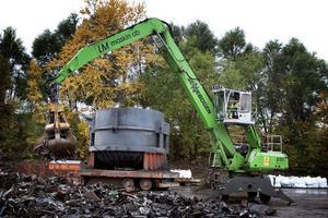 LM maskin började sköta skrothanteringen åt Sandvik. Nu följer Ovako exemplet när man tar nästa kliv i vidareförädlingen av nya nischprodukter.