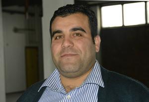Ahmad Mokayes.