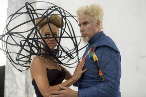 Kristen Wiig spelar Alexanya Atoz och Will Ferrell är tillbaka i rollen som superskurken Mugatu i