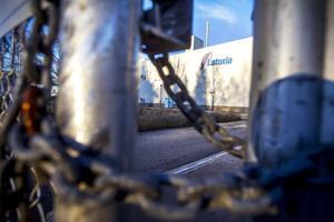 Här i gamla Latexias fabrik utanför Vallvik vill BDN fastigheter starta en avfallshanteringsanläggning.