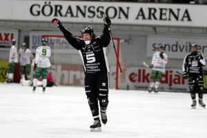 Daniel Mossberg gjorde ett mål när SAIK gick till semifinal i cupen.