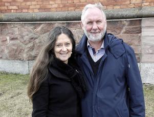 Anna-Lotta Larsson och Rolf Wickenberg spelar kärleksparet i