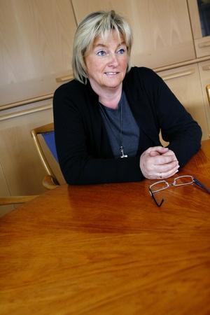 Länets varselsamordnare, landshövdingen Britt Bohlin, tycker att dagens a-kassesystem kan behöva en översyn.