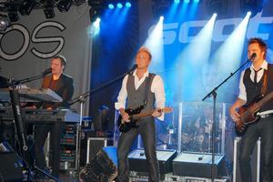 Populära Scotts fick många att fara långa vägar för att dansa i Strömsund i helgen. Foto: Carola Norström