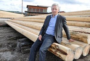 """""""Stolpfabrikens framtid i Kälarne ligger i händerna på politiker och kloka beslutsfattare"""", säger företagets vd Leif Berglund."""