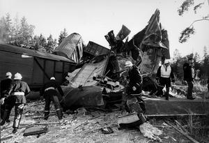 Räddningsarbete vid tågkollisionen vid Munktorp 1972.