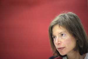 Susan Faludi kommer till Umeå för att prata om sin nya bok.