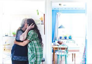För Kerstin Mellberg, 76, blev möjligheten att fritt kunna välja utförare av hemtjänsten avgörande. Nu är det alltid Camilla Persson som hjälper henne med städningen och annat som Kerstin ber om.– Jag känner mig mycket piggare och gladare, säger hon.