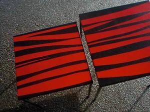Emaljbord: Bord i emalj designat av Helena Åkesson Leander som ligger bakom företaget Skillinge emalj.
