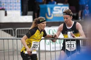 Tove Alexandersson och Emil Svensk var med och vann sprintstafetten för Stora Tuna på måndagen – och de båda segrade även i tisdagens individuella sprint.