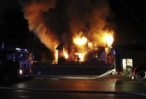 Natten till den 7 december omkom en person i villabranden i Lernbo mellan Smedjebacken och Ludvika.