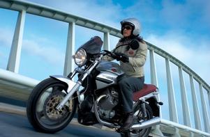 För en tid sedan presenterade Moto Guzzi några läckra och smidiga prototyper av sportigare byggen.