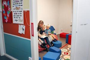 Samspelet med små barn inspirerar, tycker Madeleine Almquist som bakgrund till att hon startade en egen förskola.