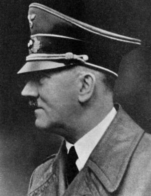FÜHRERN. 1944 styrde Adolf Hitler fortfarande Tyskland med järnhand.