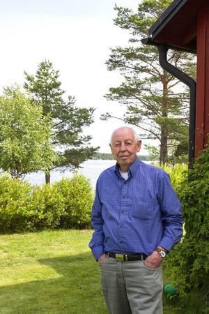 Sven Jonsson har hela sitt liv varit nära havet. På senare tid vid Malmudden och i barndomen på Dalarö.