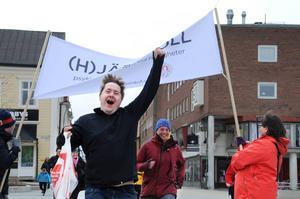 Martin Elmgren sprintade i mål på Stortorget, efter att ha betat av ett av de kortaste stadsloppen i världen.