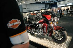 Dyrast i stan. Harley-Davidson har mässans dyraste maskin, en CVO Ultra Classic Elecra GI för 377 900 kronor.Foto: Janerik Henriksson/Scanpix