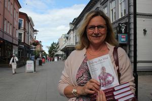 Annika Sundbom Åström översätter sin bok till ryska och hoppas på att få stor spridning.