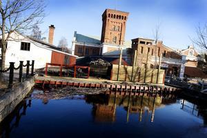 Kraftverket i Strömsbro måste söka tillstånd för sin elproduktion i Testeboån.