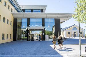 Många studerande tog examen vid Mittuniversitetet i augusti och september.