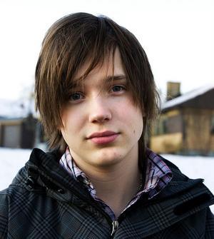 Marcus Henriksson, 19 år, elev, Sidsjön:– Det är mina föräldrar som köper sånt, men jag tror inte att de gör det så ofta.