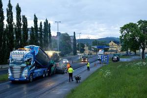 Ett 20-tal vägarbeten kommer att påverka trafiksituationen för semesterfirarna i Västernorrland.