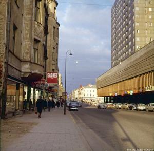 Drottninggatan 1964, november.