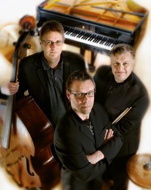 Trio X