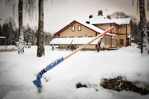 Motorvärmaruttagen vid stationerna i Kilafors, Arbrå och Vallsta har monterats ned och ersatts med träpinnar.