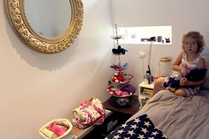 Barnbarnet Millie har ett eget rum.