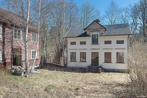 Denna villa på Pålsbenning 112 i Hedemora kommun är det tionde mest klickade dalaobjekten på Hemnet under vecka 20.