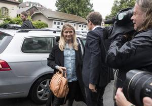 Therese Johaug anländer till CAS i Lausanne i juni för förhör.