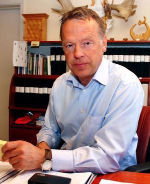 Bergkvist-Insjöns ägare och styrelseordförande Ulf Bergkvist är mycket kritisk till Länsstyrelsen beslut som stoppar en utbyggnad av container terminalen i Insjön.