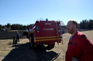 Räddningsledare Gunnar Nylander uppmanar till försiktighet.