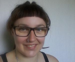 Hanna Dönsberg, 31 år, är första namn på Miljöpartiets lokala lista. Hon är barnskötare och bor på Malmaberg. Det här är första gången Hanna Dönsberg ställer upp som kandidat i kyrkovalet.