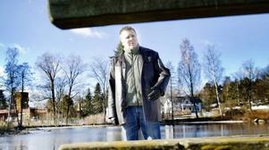 Peter Hillblom, personen bakom den välkända Hoforsbloggen är nu en av dem som startar det nya partiet Framtid Hofors.