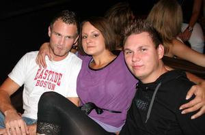 Blue Moon Bar. Niklas, Emelie och Johan