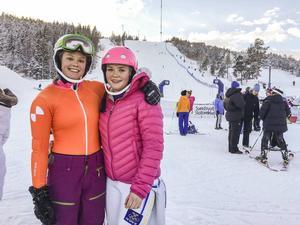 Hanna Fransson och Elida Thunell från Järsvö.