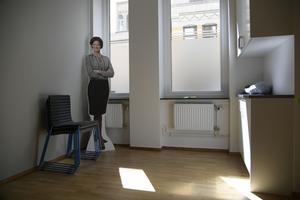 Moderatledaren Anna Kinberg Batra måste slåss för sitt partiledarskap.