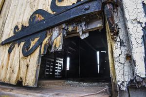 Saltmagasinen har länge varit i så dåligt skick att fastigheterna varit i akut behov av rejäl upprustning, eller rivning.