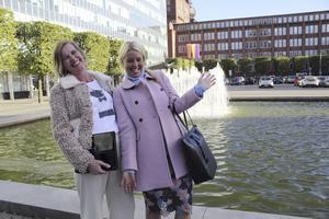 Eva Leyendecker och Camilla Kabele älskar stilkrockarna höstens mode inbjuder till.