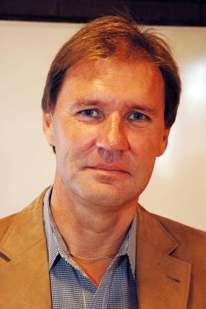 Bengt-Olov Eriksson, Socialdemokraterna:– Infrastruktur i allmänhet, tele- och internetkommunikationer i synnerhet.– Vi vill skapa trygghetsboenden även på orterna utanför Tierp.