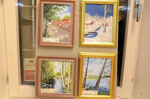 Lokala motiv. Liss Nordström har målat lokala motiv i akryl. Motiven föreställer Laxbrogatan, Laxbacken, Rydbergsdal och Hörken.  BILD: INGVAR SVENSSON