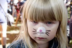 """Åkt långt. Fyraåriga Isabella """"Maja Gräddnos"""" Berglund hade åkt hela vägen från Sandviken med mamma Annelie Nöjd för att se Svampbob Fyrkant."""